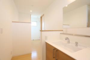057 2階洗面・サニタリーホール